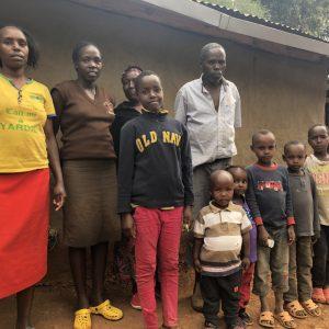 Mali dom - Supermarket dobrote - Nahrani obitelj